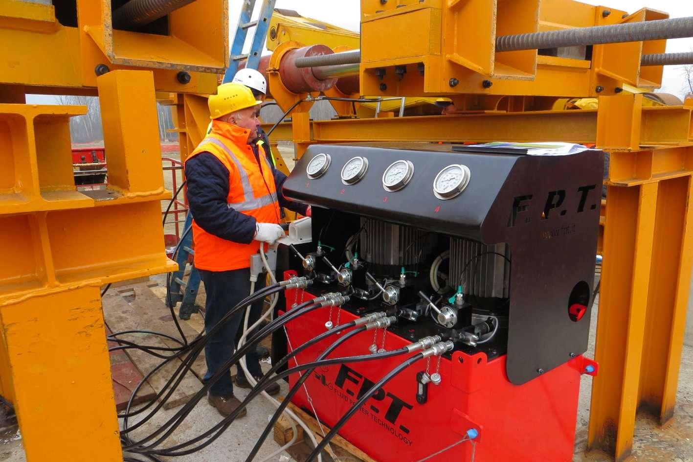 hydraulic high flow pump