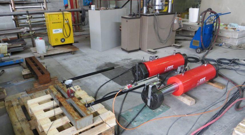 attuatori idraulici 100 tonnellate