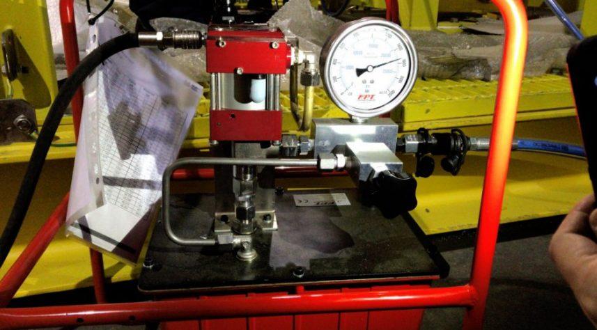 centralina idraulica per tensionatori idraulici compatti