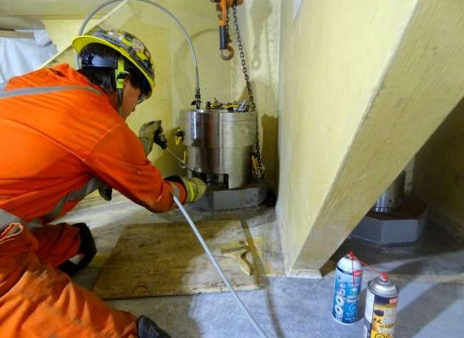 tensionatori idraulici speciali su misura