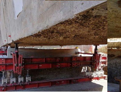 Sollevamento sincronizzato di un ponte con luce di 40 metri e precisione di 1mm