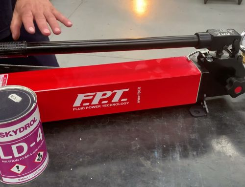 skydrol hand pumps – aerospace – manufactured by FPT Fluid Power Technology